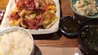 逗子のくくる食堂で沖縄ランチ