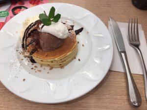 マスカルポーネとチョコのパンケーキ