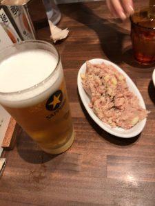 有楽町の四条富小路 麺屋虎 コンビーフポテトサラダ ビール