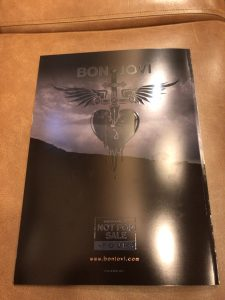 ボンジョヴィの2018年来日公演グッズ パンフレット裏表紙