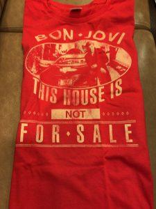 ボンジョヴィの2018年来日公演グッズ レッドレディースTシャツ